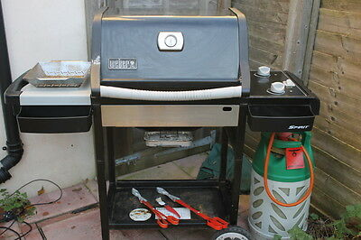 Weber Gas BBQ Complete with Cover, Gas Bottle and regulator