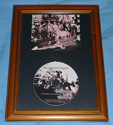 RED HOT CHILI PEPPERS Hump de Bump COLLECTORS SIGNED x4 CD FRAMED DISPLAY rhcp
