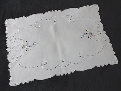 Pretty Vintage White Linen Madeira Hand Embroidered Tray Cloth