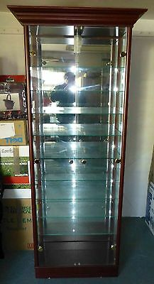 Traditional Double 2 Door Glass Display Cabinet, Mahogany, Mirrored back.