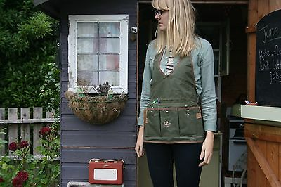 Green Ladies Womans Gardening Tool Apron. Kitchen Garden Allotment Wear.