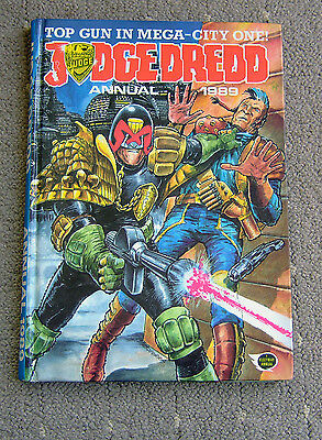 Judge Dredd Annual 1989, 96 pages