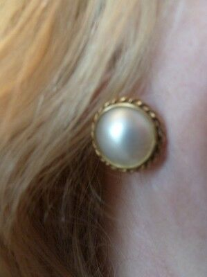 Vintage 9Ct Yellow Gold Mabe Pearl Earrings