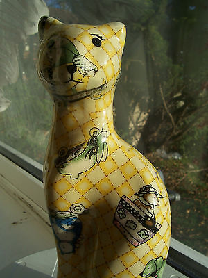 """Quirky & Unusual 9""""  Yellow Cat With Skateboards Coated Figurine Exc.condition"""