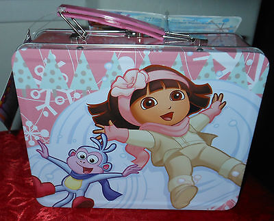 New Dora The Explorer Lunch Box With 33 Piece Cosmetic Set