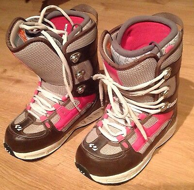 Snowboard Boots. Size 4.5 ThirtyTwo Snowboarding Boots