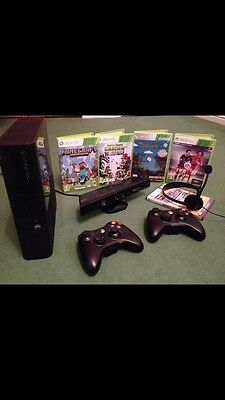 Xbox 360 With Kinect, 2 Controllers Plus 5 Games