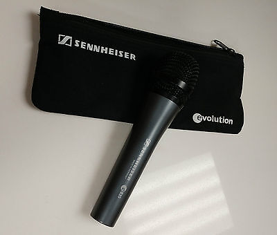 Sennheiser e835 Dynamic Cardioid Wired Handheld Vocal Microphone