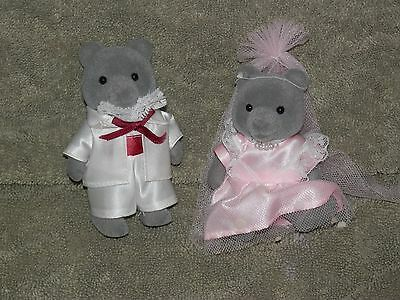 VINTAGE EPOCH Sylvanian Families Grey Bears Sweetwater Wedding Set cmplet 1985