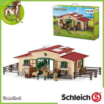 Schleich Farm World Horse Stable with horse and accessories 42195