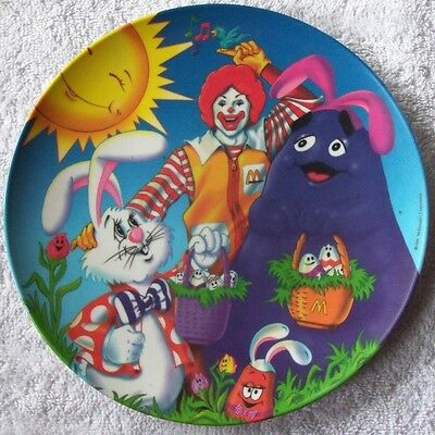 """New 1996 McDonalds 9 1/2"""" Plastic Easter Collector Plate"""