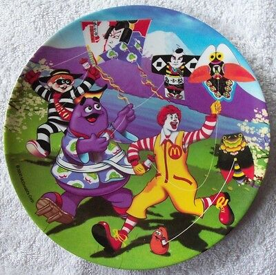 """New 2000 McDonalds 9 1/2"""" Plastic Kite Flying Collector Plate"""