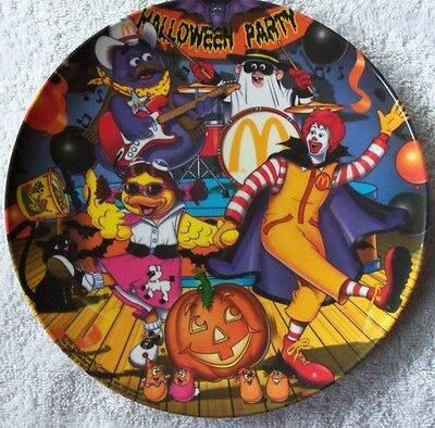 """New 2001 McDonalds 9 1/2"""" Plastic Halloween Party Collector Plate"""