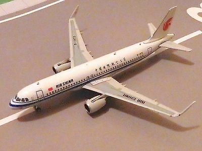 Air China A320 Model Aircraft 1/400 scale Phoenix Platinum Series