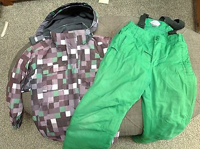 Boys ski jacket and ski trousers 7/8 years