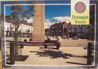 Irish Postcard DONEGAL TOWN Co. Centre Diamond Ireland Canaday John Hinde 2/944