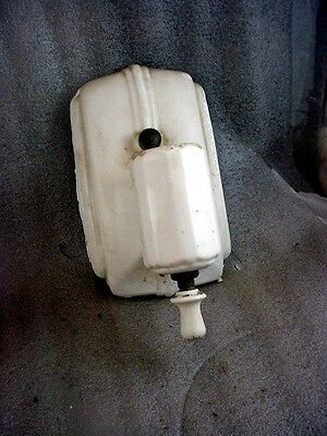 Vintage Art Deco porcelain  wall Mounted Light Fixture with pull chain & outlet
