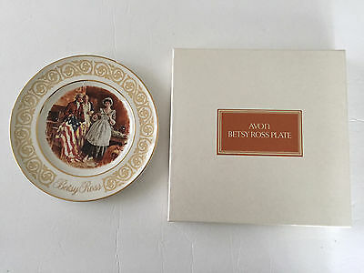 Avon 1973 Betsy Ross American Flag Collector Plate