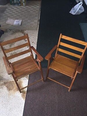 PAIR 2 VTG  WOOD CHILDS FOLDING SLAT OAK CHAIR  50s  Great Condition Mid Century