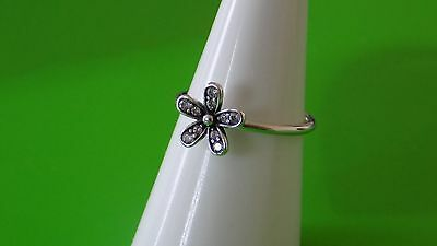 Pandora Dazzling Daisy Sterling Silver Ring. Size 60  S925 ALE