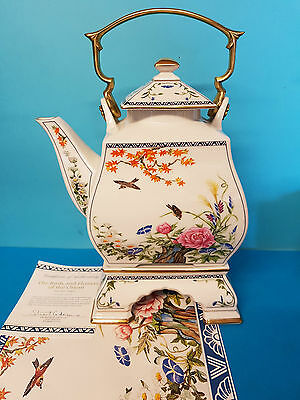 The Birds and Flowers of the Orient Teapot by Naoko Nobata Franklin Mint