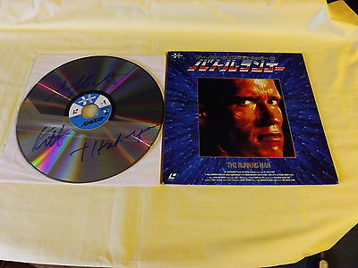 Japanese ntsc laserdisc Running man Signed by Yaphet Kotto Please see pictures