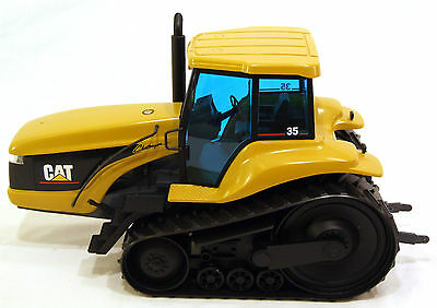 CAT CHALLENGER 35 TRACK TYPE TRACTOR DIE CAST MODEL 1:16 NZG No: 426 (GERMANY)