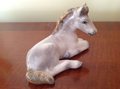 Royal Belvedere- Laying Down Foal/Horse Ornament