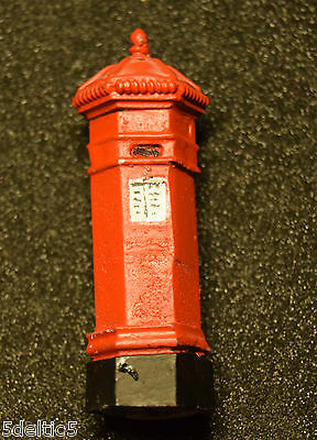 O Gauge  Postbox  Nicely Painted
