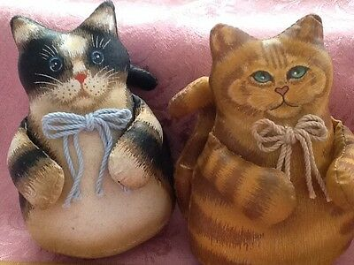 Vintage Antique Style Stuffed Cats Stiffened Fabric Flat Bottom Sitters ADORABLE