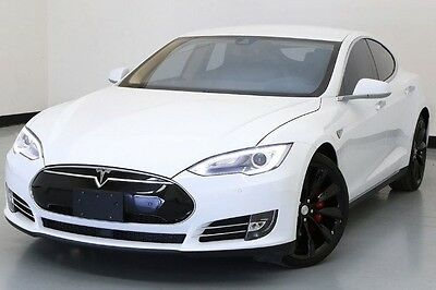 2015 Tesla Model S  15 Tesla Model S P85D Auto Pilot 21 IN Wheels AWD Performance White