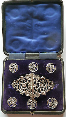 Art Nouveau Solid Hallmarked Silver Nurses Buckle & Buttons B'ham 1903 Boxed