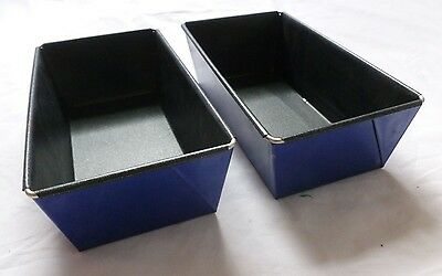 2 x Non-Stick Loaf Tins