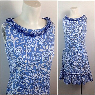 Vintage 1960s Blue and White Cotton Novelty Print Sleeveless Shift Dress Small