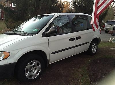 2003 Dodge Caravan SE Dodge Caravan 2003 SE White 106k miles Clean Runs and Drives Nice 3 Row Seating