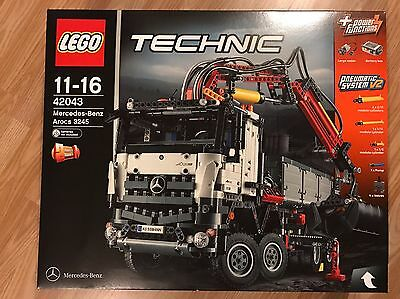 LEGO Technic Mercedes-Benz Arocs 3245 (42043) NEW IN BOX