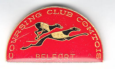 Pin's Badge Chien LEVRIER Dog Racing Greyhound