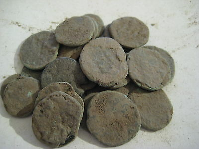 18. Nice lot 25 Roman uncleaned coins