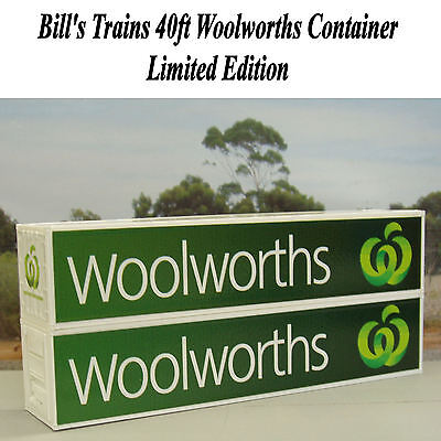 Two Woolworths 40ft containers in HO scale - NEW logo - new