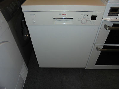 Bosch Classixx Full Size 12 Place Setting Dish Washer In Good Condition