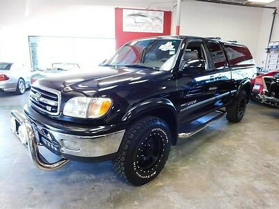 2002 Toyota Tundra Limited Extended Cab Pickup 4-Door 2002 Toyota Tundra Limited, 68k miles, snugtop, 1 owner, extra clean