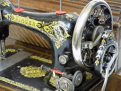 Singer Sewing Machine 28K 1906 Vintage Hand Crank Working Order See Video