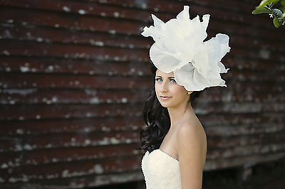Off- White,Fascinator,Melbourne cup headpiece, races day fascinator,Headband,Hat