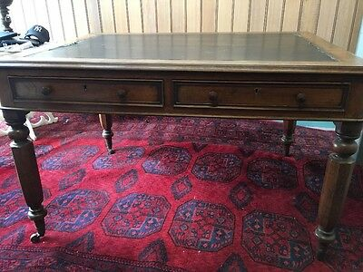 Antique Victorian Mahogany Partners Desk / Writing Table