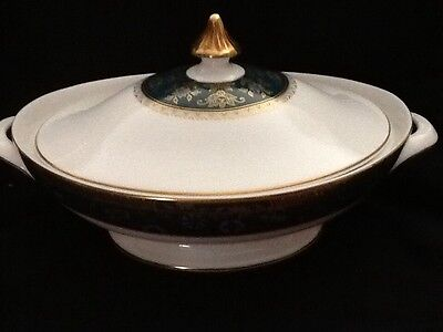 Royal Doulton Carlyle Covered Vegetable Dish