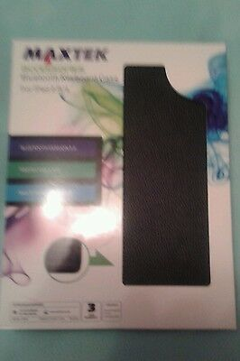 MAXTEK ACCESSORIES. Bluetooth Keyboard Case For ipad 2/3/4 never used.