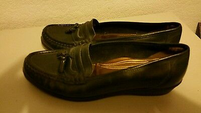 M and S size 6 ladies slip on flat shoes