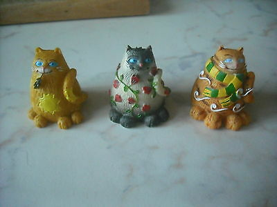 3 Smiling Cats - Figurines
