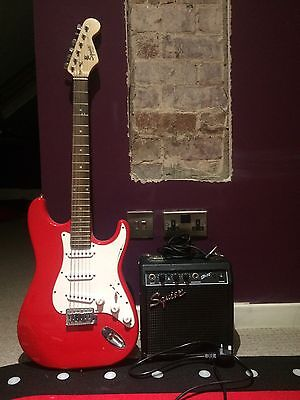 Stratocaster electric guitar With Amp