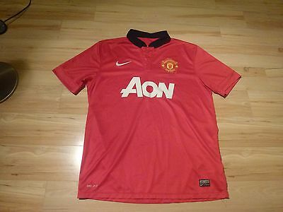 Mens red Nike Manchester United shirt Size L
